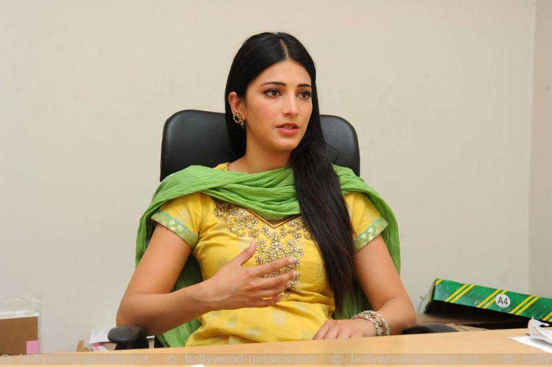 Shruti hassan yellow churidar image