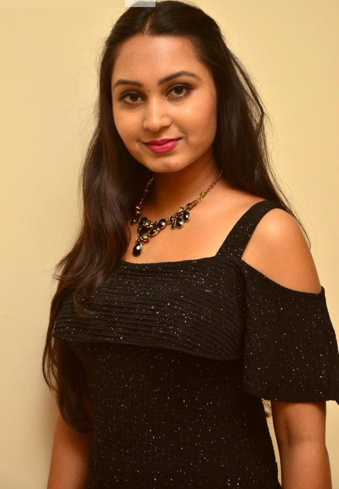 Amulya black dress fashion wallpaper
