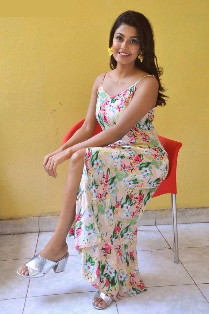 Anisha ambrose hd pictures
