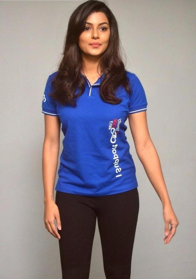 Anisha ambrose photoshoot fotos