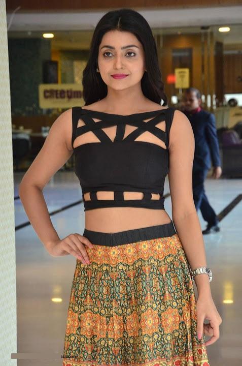 Avantika mishra black dress unseen fotos