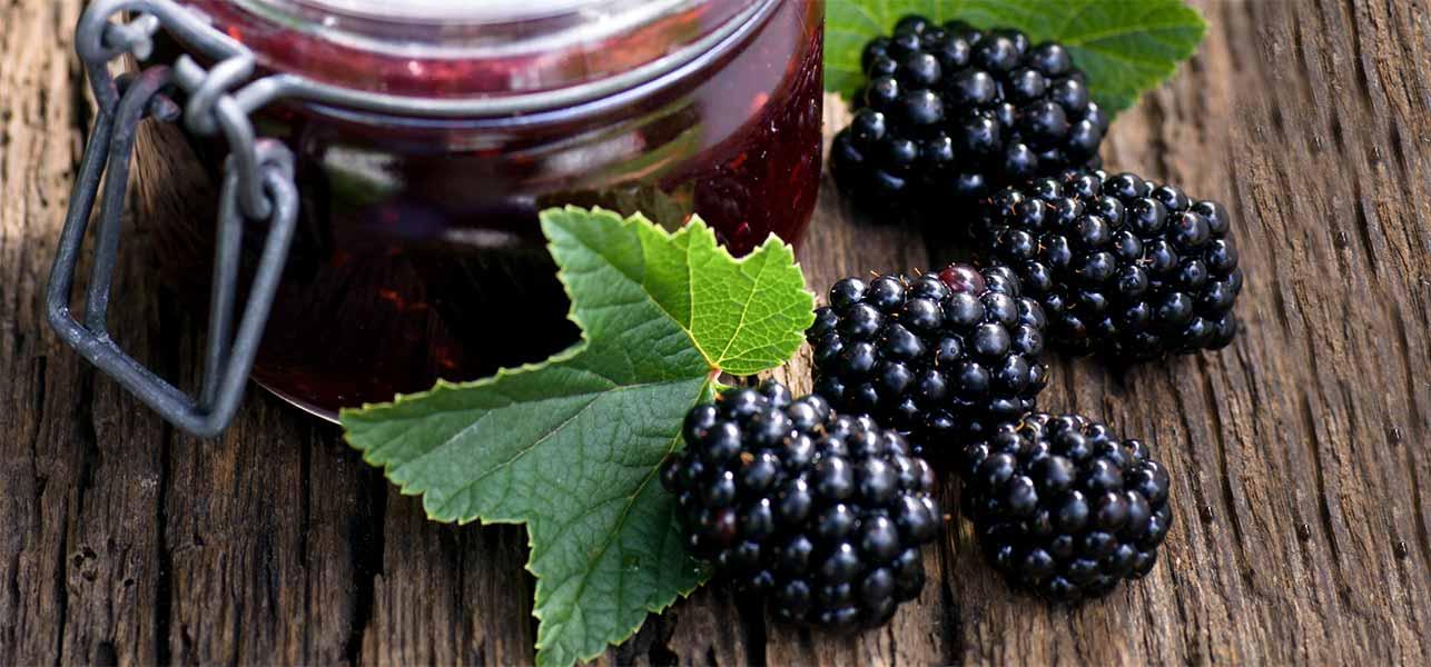 Blackberry fruit juice pictures
