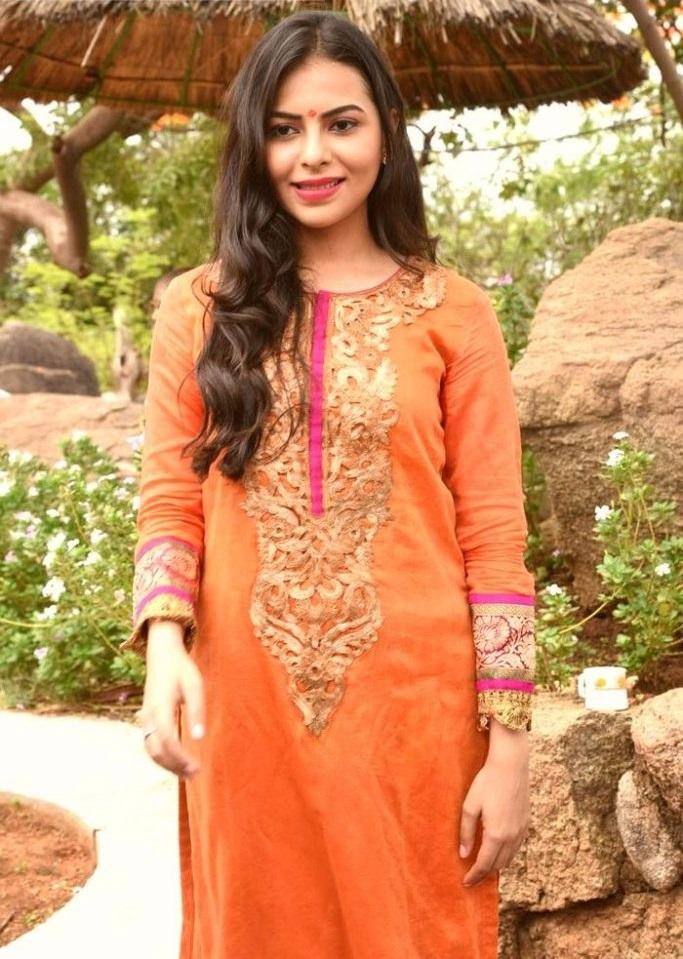 Farah naaz orange dress glamour stills