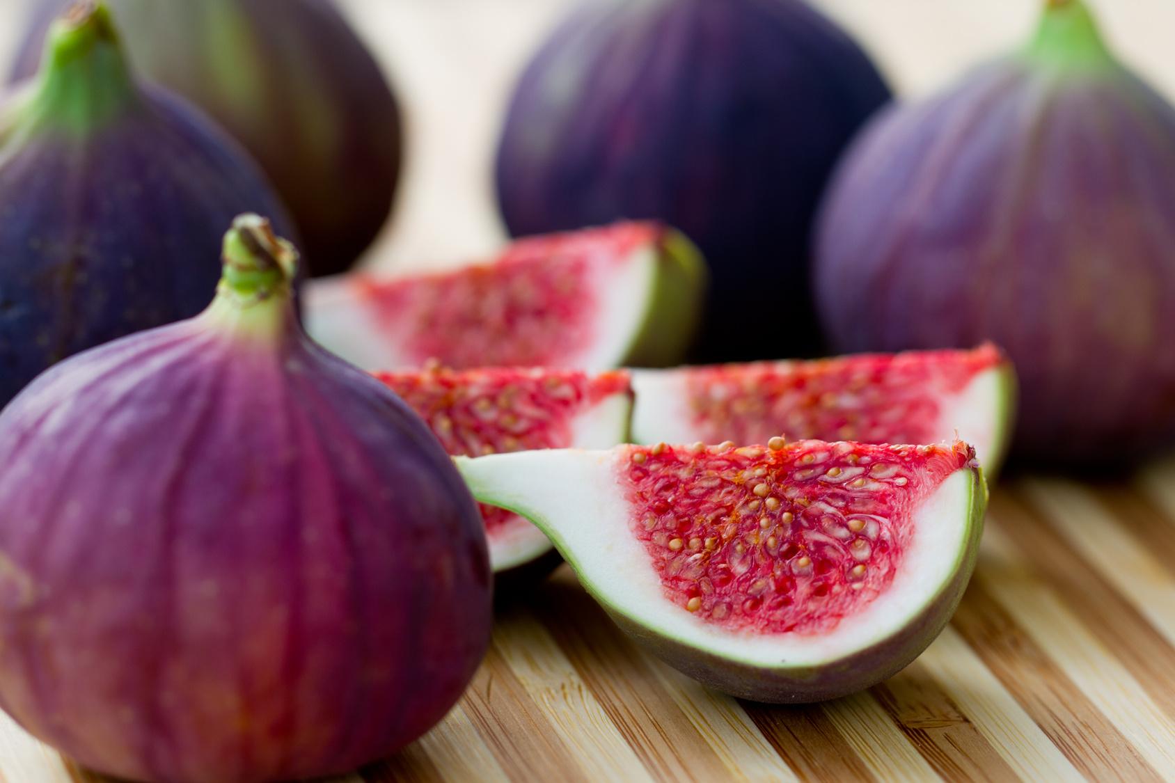 Figs fruits slice photos