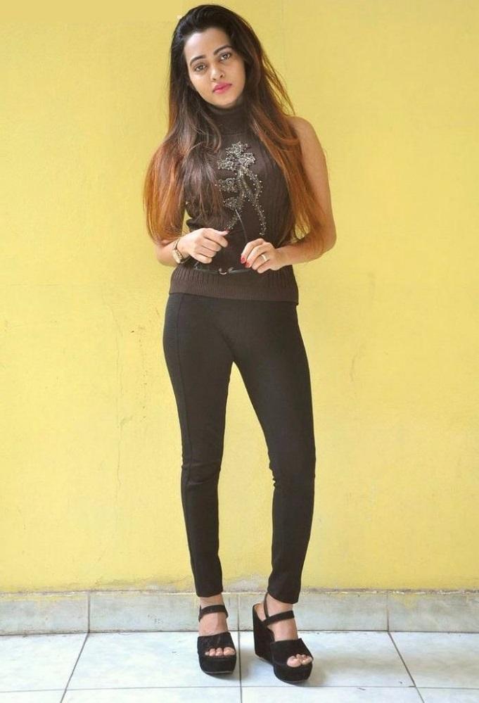 Geeta shah black dress geeta shah photos