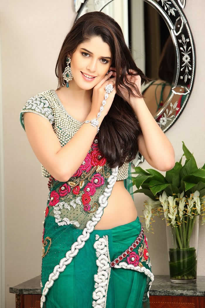 Izabelle leite green saree photos