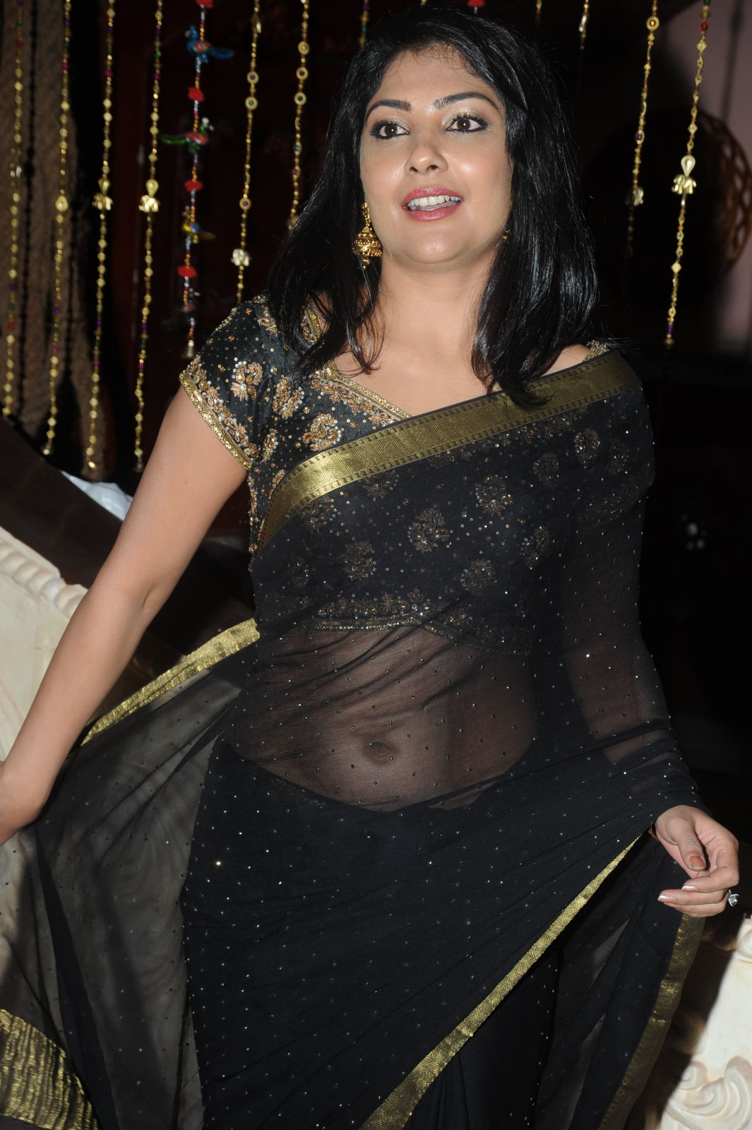 Kamalinee mukherjee black saree photos
