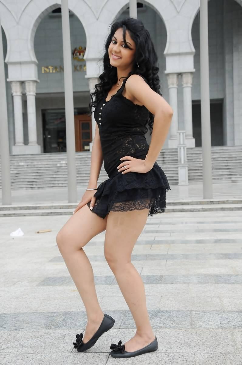 Kamna jethmalani black dress photos