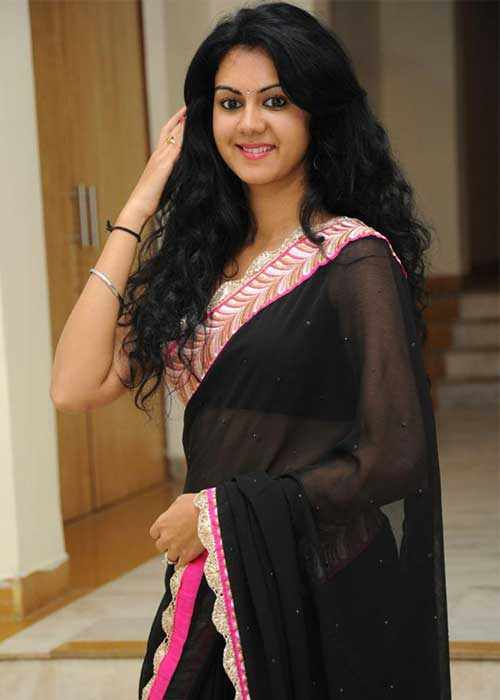 Kamna jethmalani black saree photos