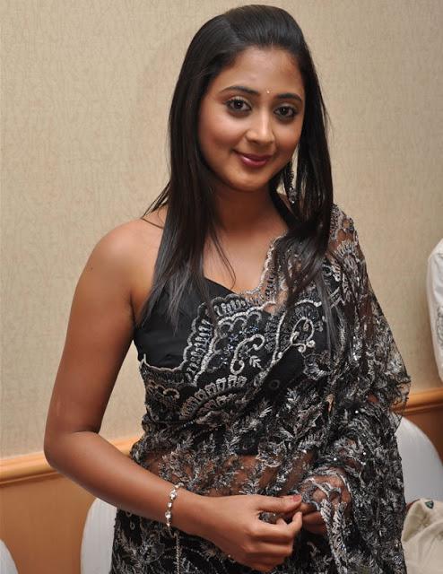 Kanika subramaniam black saree photos