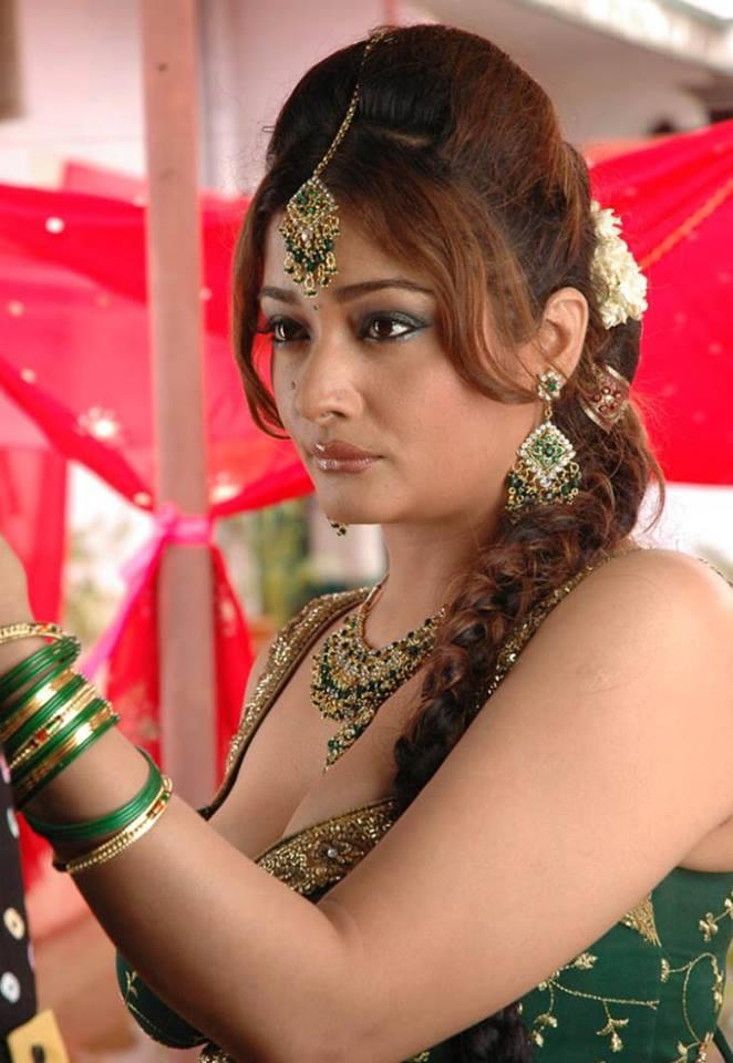 Kiran rathod face pictures