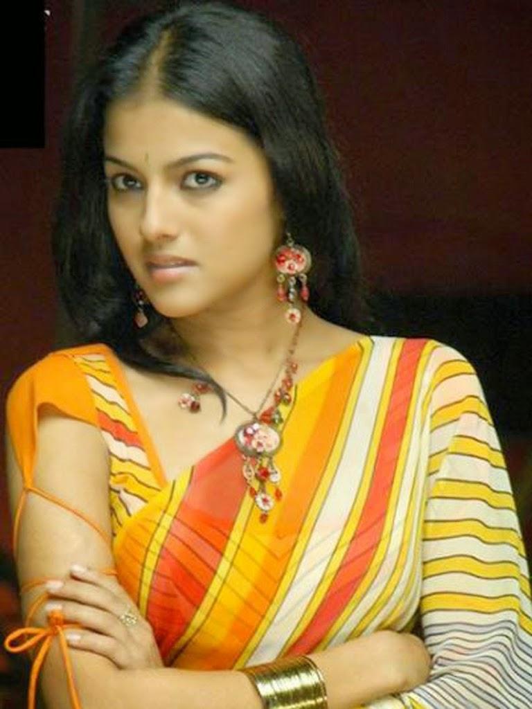 Kirat bhattal in saree photos