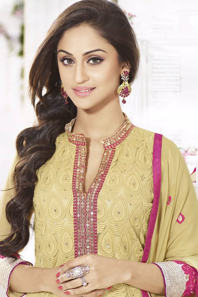 Krystle dsouza cute photos