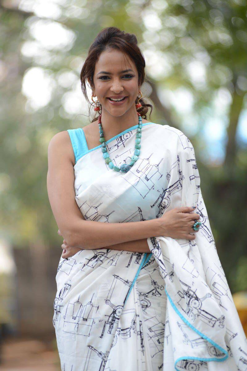 Lakshmi manchu saree photos
