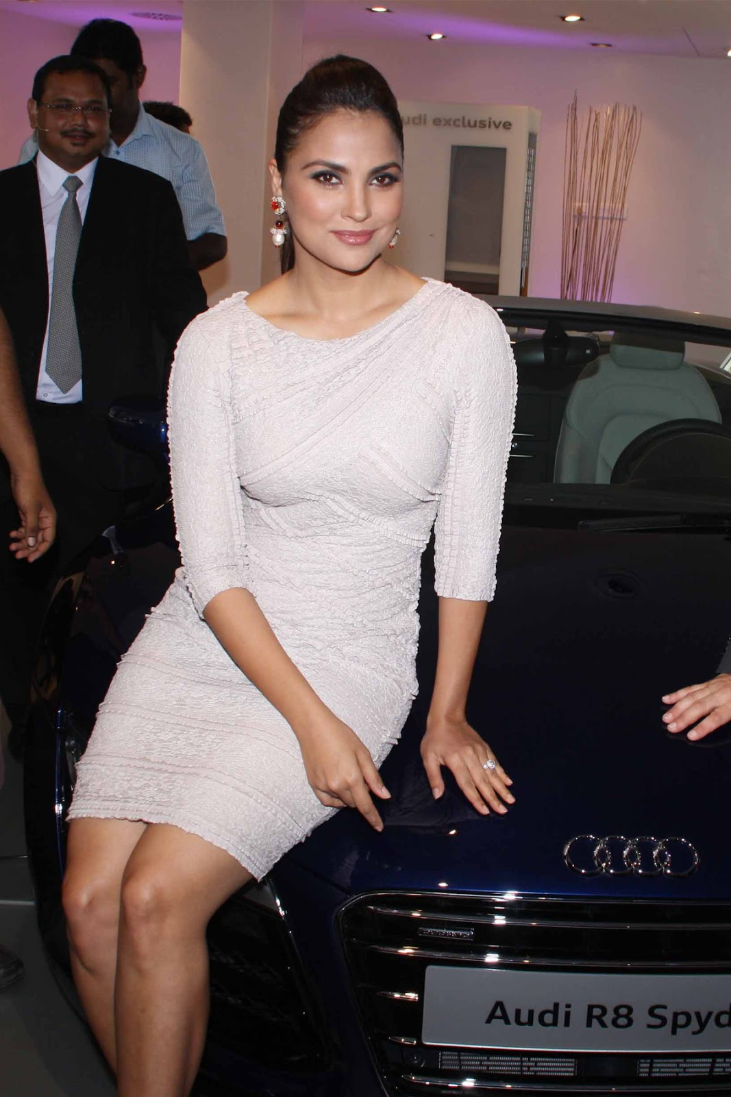 Lara dutta audi car launch photos
