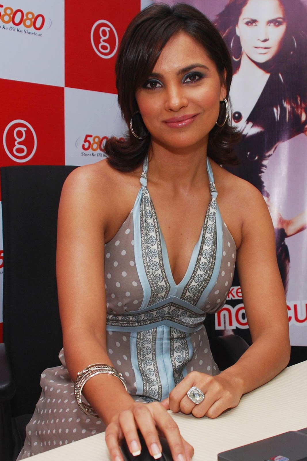 Lara dutta press meet photos