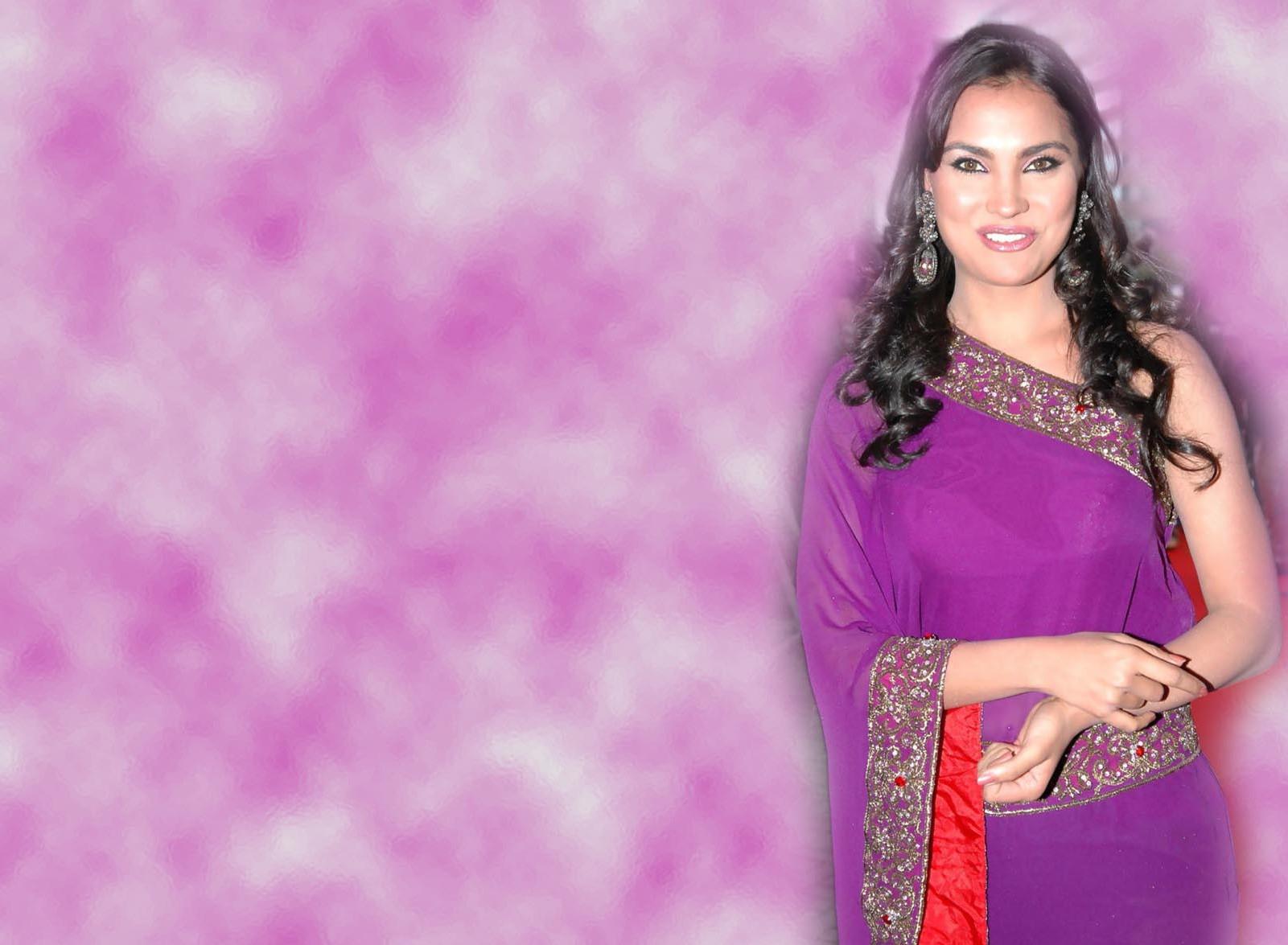 Lara dutta saree desktop pictures