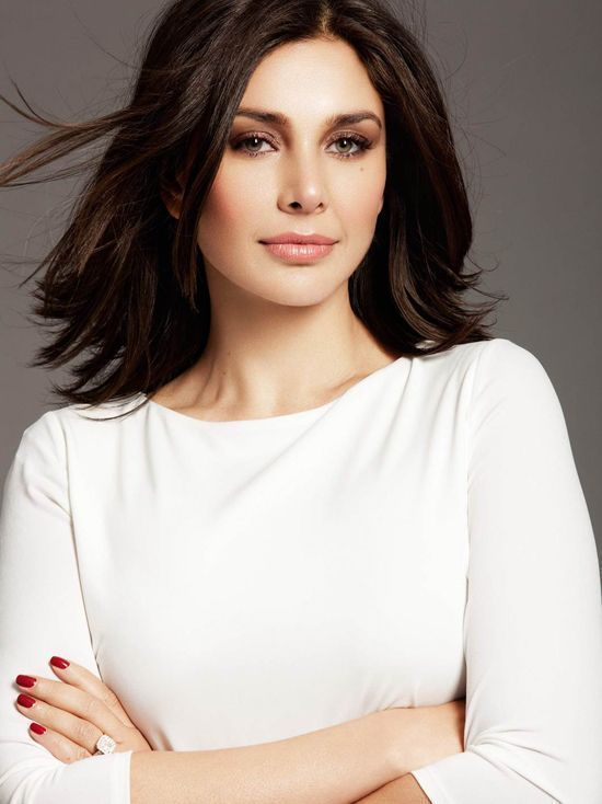 Lisa ray white dress pictures