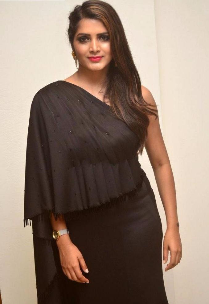 Pavani gangireddy black dress pictures