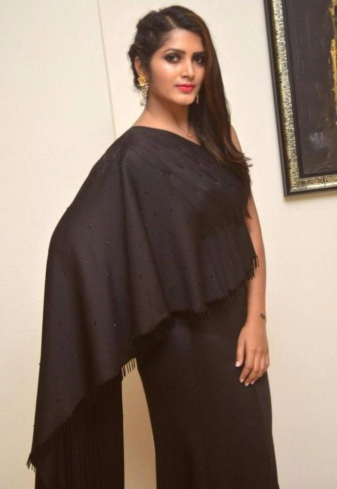 Pavani gangireddy black dress wallpaper