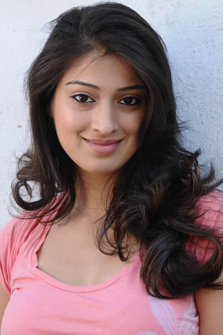 Raai lakshmi hairstyle photos