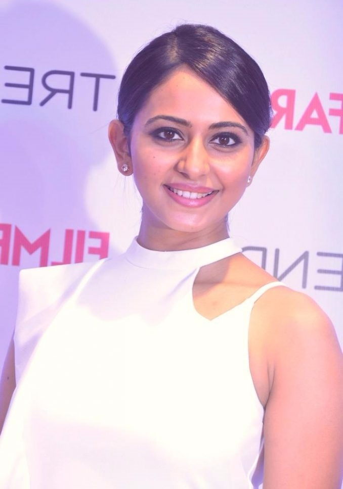 Rakul preet singh white dress unseen pictures