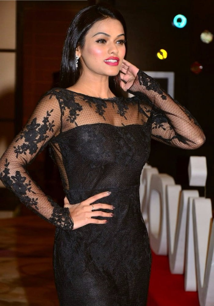 Soniya black dress unseen photos