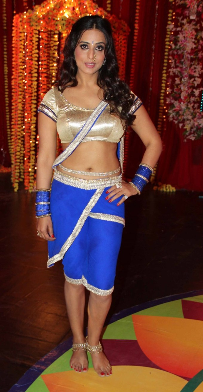 Mahi gill half saree pictures