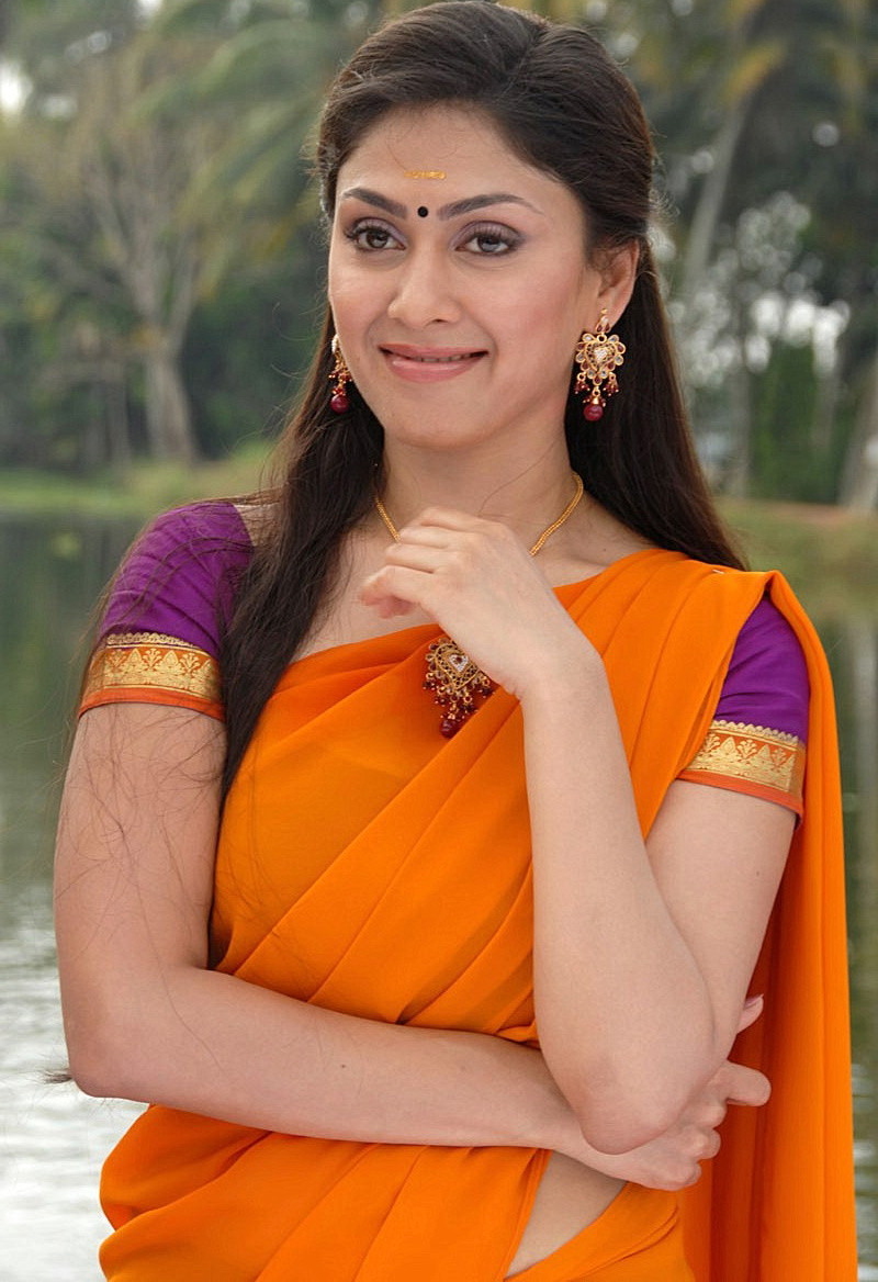 Manjari phadnis half saree pictures