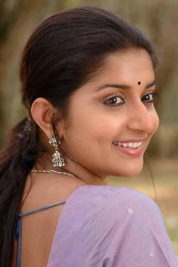 Meera jasmine cute pictures