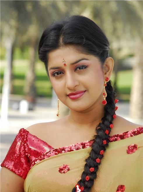 Meera jasmine saree face photos