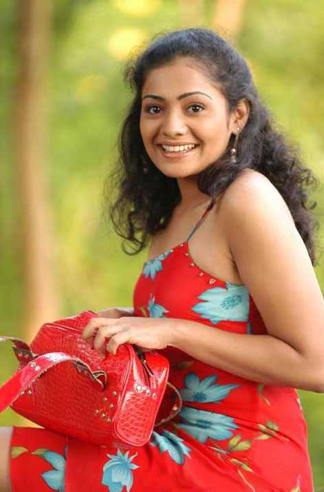 Meera vasudevan red dress pictures
