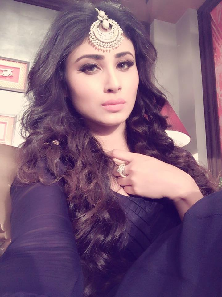 Mouni roy unseen pictures