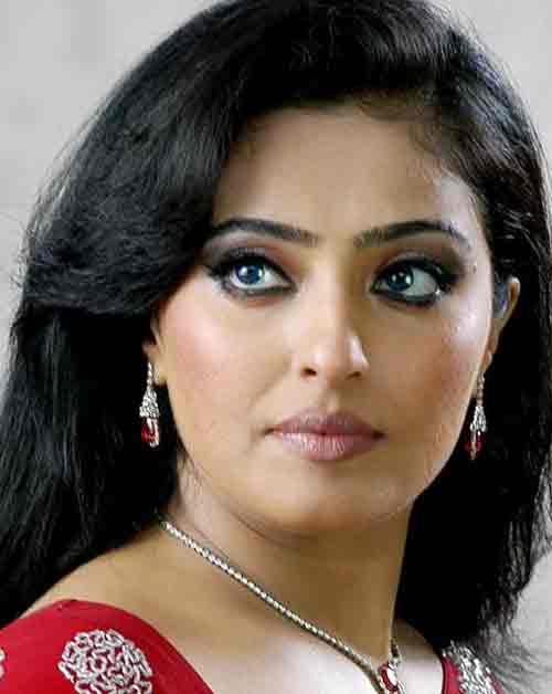 Mumtaj face photos