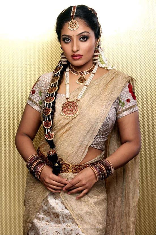 Mumtaj saree pictures