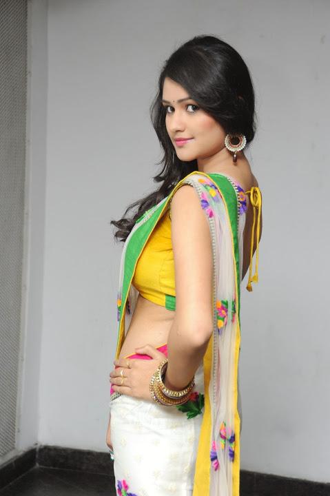 Actress kushi desktop saree wallpaper