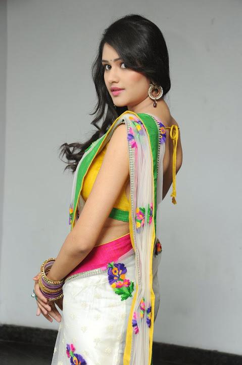 Actress kushi glamour saree stills