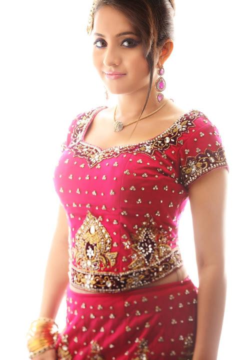 Bhama red dress photoshoot wallpaper