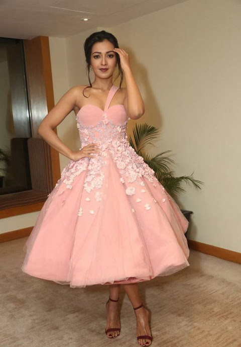 Catherine tresa hd pink dress cute photos