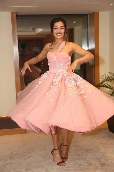 Catherine tresa hd pink dress desktop wallpaper