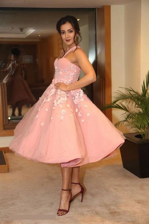 Catherine tresa hd pink dress figure image