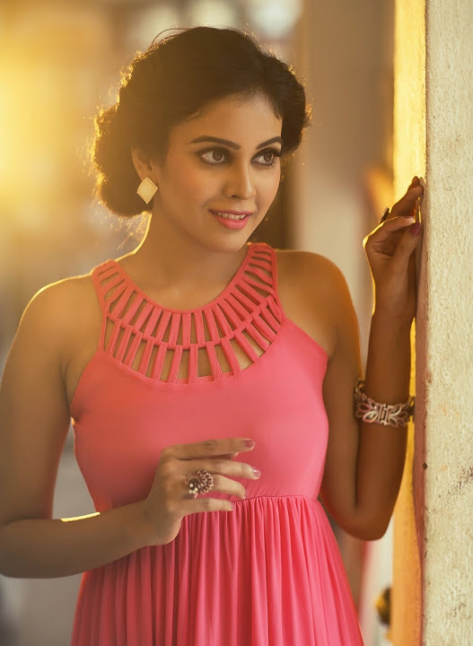 Chandini tamilarasan exclusive wallpaper
