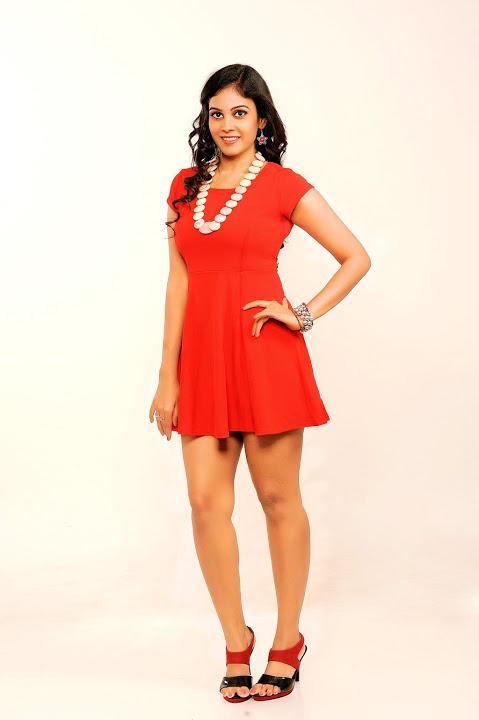 Chandini tamilarasan red dress photoshoot image