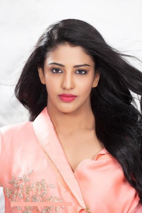 Daksha nagarkar pink dress photoshoot pics