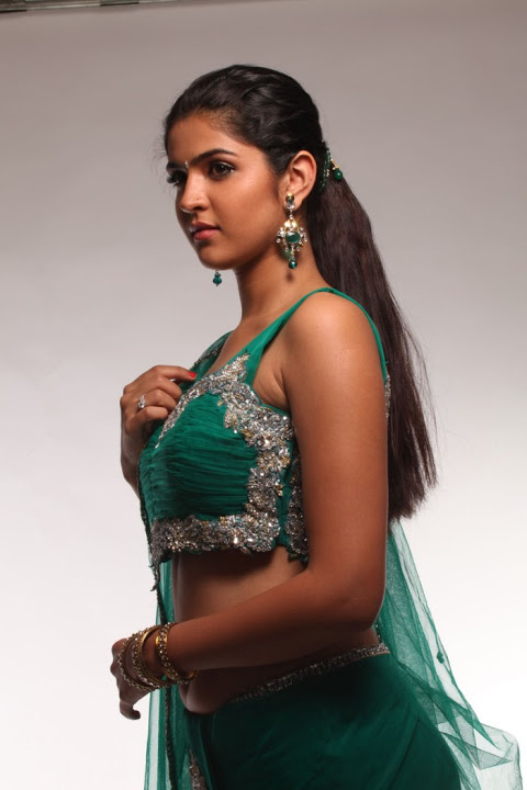 Deeksha seth green half saree figure stills