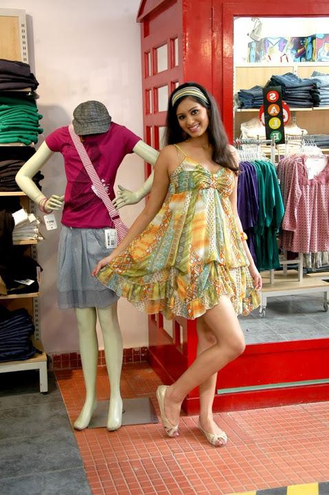 Deepa sannidhi fancy dress photos