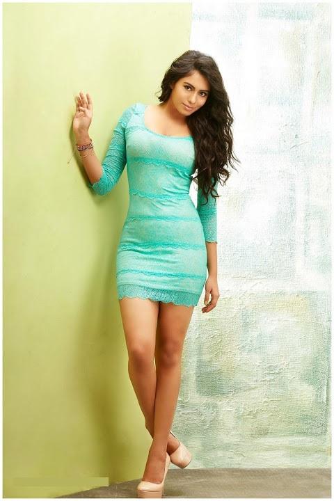 Deepa sannidhi green dress wide pictures