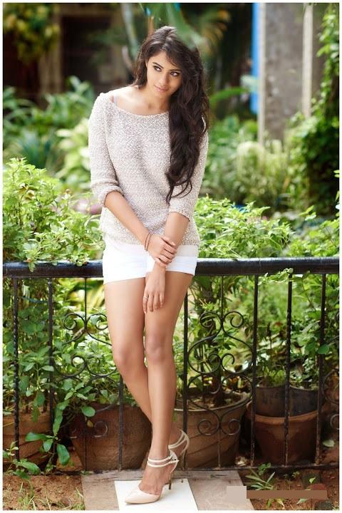 Deepa sannidhi white unseen slide show