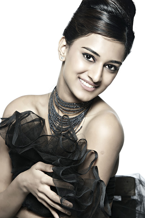 Erica fernandes black dress wallpaper