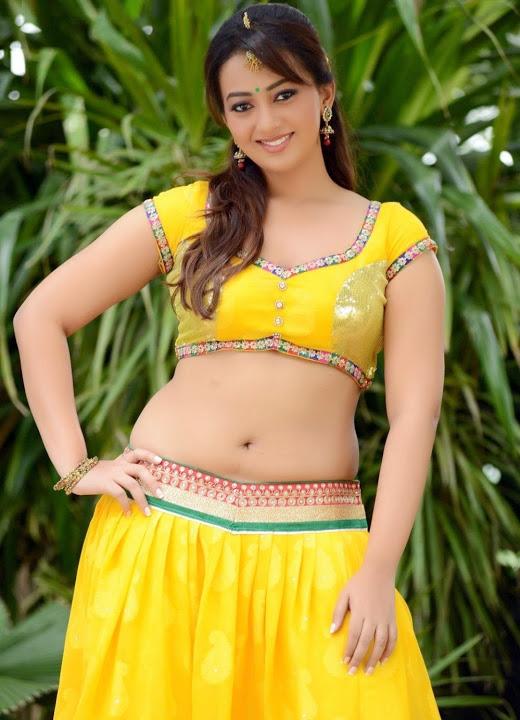 Ester noronha yellow dress fashion image